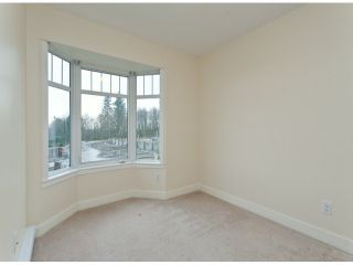 """Photo 9: 6 19551 66TH Avenue in Surrey: Clayton Townhouse for sale in """"Manhattan Skye"""" (Cloverdale)  : MLS®# F1307026"""