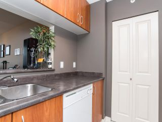 """Photo 12: 2410 3663 CROWLEY Drive in Vancouver: Collingwood VE Condo for sale in """"LATITUTDE"""" (Vancouver East)  : MLS®# R2140003"""