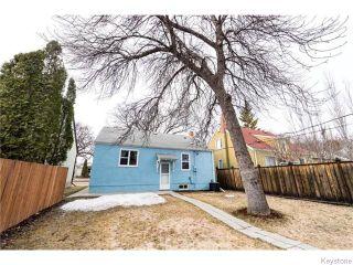 Photo 3: 340 Centennial Street in Winnipeg: River Heights / Tuxedo / Linden Woods Residential for sale (South Winnipeg)  : MLS®# 1607569