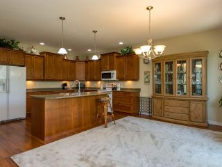 Photo 19: 9 737 Royal Pl in COURTENAY: CV Crown Isle Row/Townhouse for sale (Comox Valley)  : MLS®# 793870