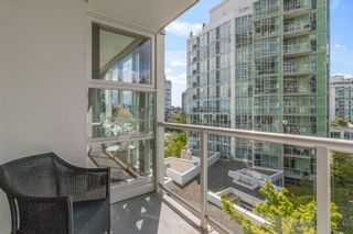 """Photo 21: 805 1077 MARINASIDE Crescent in Vancouver: Yaletown Condo for sale in """"MARINASIDE RESORT RESIDENCES"""" (Vancouver West)  : MLS®# R2582229"""