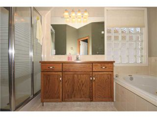 Photo 12: 92 EDGEBROOK Rise NW in CALGARY: Edgemont Residential Detached Single Family for sale (Calgary)  : MLS®# C3537597