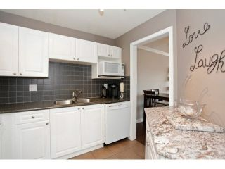 """Photo 11: 403 5759 GLOVER Road in Langley: Langley City Condo for sale in """"COLLEGE COURT"""" : MLS®# F1442596"""