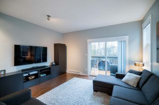 """Photo 7: 124 3010 RIVERBEND Drive in Coquitlam: Coquitlam East Townhouse for sale in """"WESTWOOD"""" : MLS®# R2233937"""