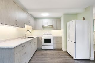 Photo 3: 1770 Urquhart Ave in : CV Courtenay City House for sale (Comox Valley)  : MLS®# 885589