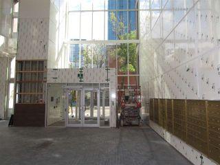 Photo 4: 2004 10180 103 Street in Edmonton: Zone 12 Condo for sale : MLS®# E4213258