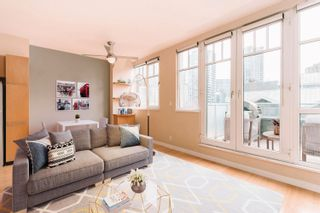 """Photo 6: 506 1072 HAMILTON Street in Vancouver: Yaletown Condo for sale in """"CRANDALL"""" (Vancouver West)  : MLS®# R2619002"""