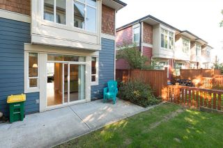 Photo 19: 10 2929 156 STREET in Surrey: Grandview Surrey Townhouse for sale (South Surrey White Rock)  : MLS®# R2110327
