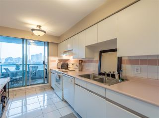 """Photo 13: 501 888 HAMILTON Street in Vancouver: Downtown VW Condo for sale in """"ROSEDALE GARDEN"""" (Vancouver West)  : MLS®# R2518975"""