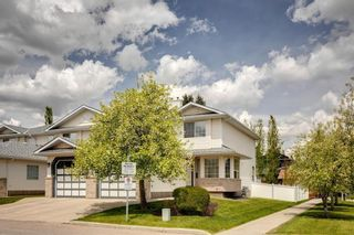 Photo 38: 33 SILVERGROVE Close NW in Calgary: Silver Springs Row/Townhouse for sale : MLS®# C4300784