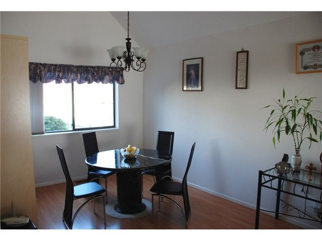 Photo 4: Photos: 2784 WESTLAKE Drive in Coquitlam: Coquitlam East House for sale : MLS®# V1083673