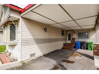 Photo 6: 31519 LOMBARD Avenue in Abbotsford: Poplar Manufactured Home for sale : MLS®# R2572916
