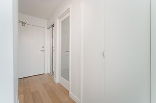 """Photo 3: 1505 1740 COMOX Street in Vancouver: West End VW Condo for sale in """"THE SANDPIPER"""" (Vancouver West)  : MLS®# R2602814"""