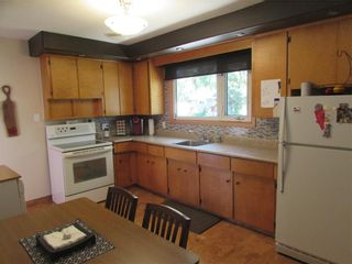 Photo 8: 992 Fleming Avenue in Winnipeg: East Kildonan Residential for sale (3B)  : MLS®# 202019171