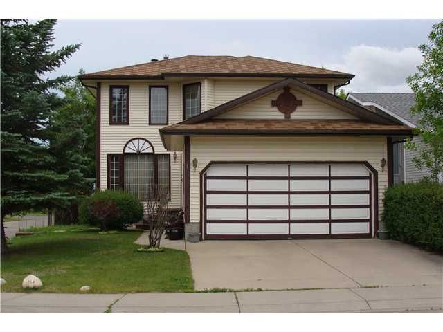 Main Photo: 31 LA VALENCIA Gardens NE in CALGARY: Monterey Park Residential Detached Single Family for sale (Calgary)  : MLS®# C3577810