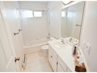 """Photo 13: 18865 61A Avenue in Surrey: Cloverdale BC House for sale in """"Falcon Ridge"""" (Cloverdale)  : MLS®# F1312984"""