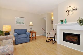 "Photo 3: 104 1232 JOHNSON Street in Coquitlam: Scott Creek Townhouse for sale in ""GREENHILL PLACE"" : MLS®# R2438974"