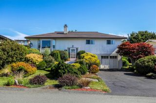 Photo 1: 2070 Beaton Ave in : CV Comox (Town of) House for sale (Comox Valley)  : MLS®# 881528