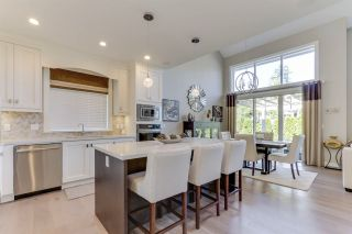 """Photo 14: 27 3103 160 Street in Surrey: Grandview Surrey Townhouse for sale in """"PRIMA"""" (South Surrey White Rock)  : MLS®# R2492808"""