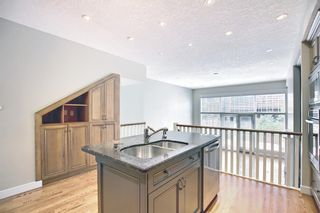 Photo 9: 1715 College Lane SW in Calgary: Lower Mount Royal Row/Townhouse for sale : MLS®# A1134459
