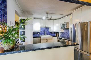 """Photo 4: 606 1135 QUAYSIDE Drive in New Westminster: Quay Condo for sale in """"Anchor Pointe"""" : MLS®# R2619556"""