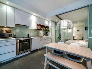 """Photo 19: 222 256 E 2ND Avenue in Vancouver: Mount Pleasant VE Condo for sale in """"Jacobsen"""" (Vancouver East)  : MLS®# R2495462"""