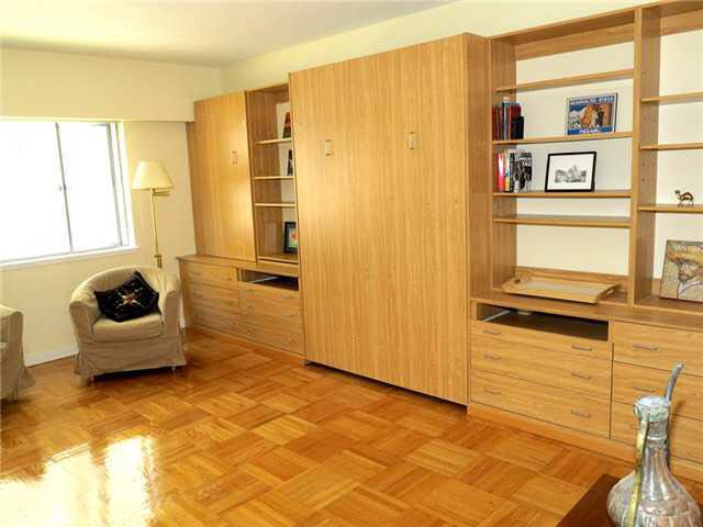 Main Photo: 203 1879 BARCLAY STREET in : West End VW Condo for sale : MLS®# V1011952