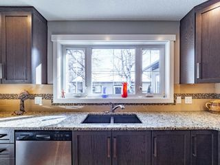 Photo 10: 327 Wascana Road SE in Calgary: Willow Park Detached for sale : MLS®# A1085818