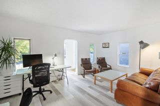 Photo 3: 3809 1 Street SW in Calgary: Parkhill Detached for sale : MLS®# A1061250
