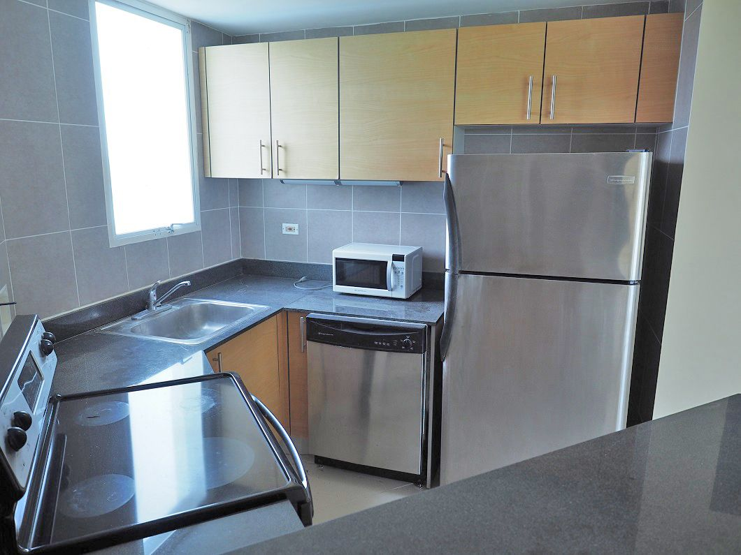 Main Photo: Playa Blanca Penthouse Only $199,900