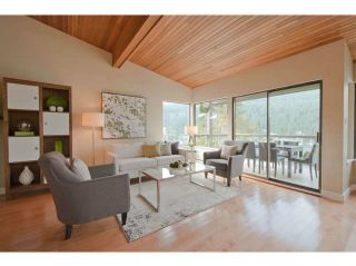 Photo 1: 4670 EASTRIDGE Road in North Vancouver: Deep Cove House for sale : MLS®# V1021079