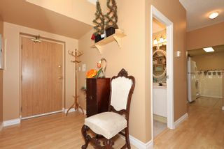 Photo 2: 104 828 Agnes Street in Westminster Towers: Home for sale : MLS®# V852876