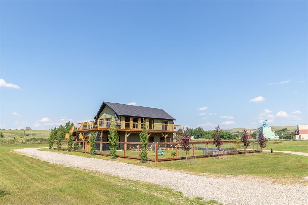 Main Photo: 220003C 272 Township: Rural Wheatland County Detached for sale : MLS®# A1130255