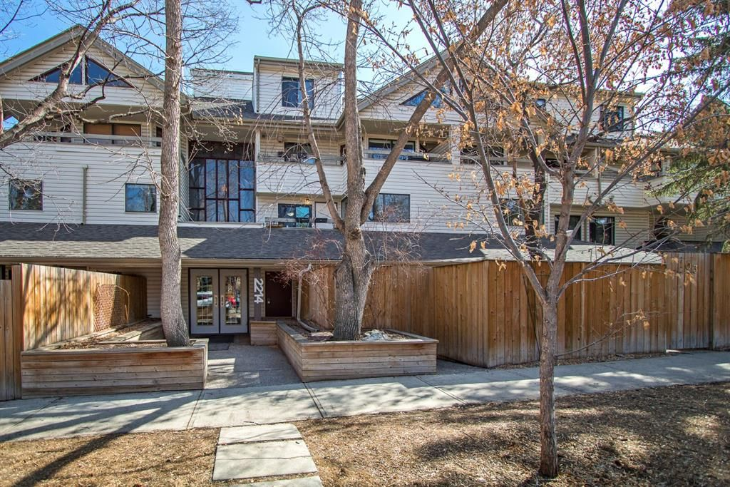 Main Photo: 102 2214 14A Street SW in Calgary: Bankview Apartment for sale : MLS®# A1091070
