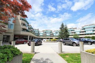 """Photo 13: A420 2099 LOUGHEED Highway in Port Coquitlam: Glenwood PQ Condo for sale in """"SHAUNESSY SQUARE"""" : MLS®# R2375859"""