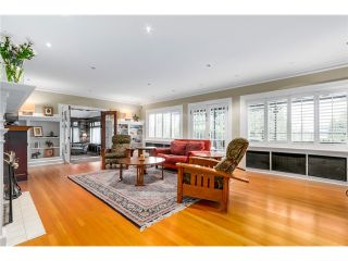 "Photo 3: 5055 CONNAUGHT Drive in Vancouver: Shaughnessy House for sale in ""Shaughnessy"" (Vancouver West)  : MLS®# V1103833"
