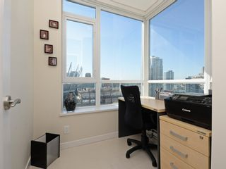 "Photo 12: 1306 821 CAMBIE Street in Vancouver: Downtown VW Condo for sale in ""RAFFLES ON ROBSON"" (Vancouver West)  : MLS®# R2186091"