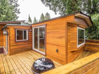 """Photo 2: 148 1830 MAMQUAM Road in Squamish: Northyards Manufactured Home for sale in """"TIMBERTOWN"""" : MLS®# R2618733"""