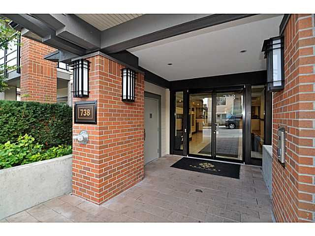 """Photo 2: Photos: 201 738 E 29TH Avenue in Vancouver: Fraser VE Condo for sale in """"CENTURY"""" (Vancouver East)  : MLS®# V1024242"""