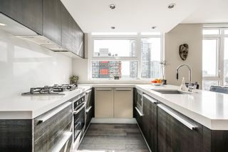 """Photo 6: 1907 1351 CONTINENTAL Street in Vancouver: Downtown VW Condo for sale in """"MADDOX"""" (Vancouver West)  : MLS®# R2618101"""