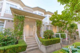 """Photo 3: 236 2565 W BROADWAY Street in Vancouver: Kitsilano Townhouse for sale in """"Trafalgar Mews"""" (Vancouver West)  : MLS®# R2581558"""