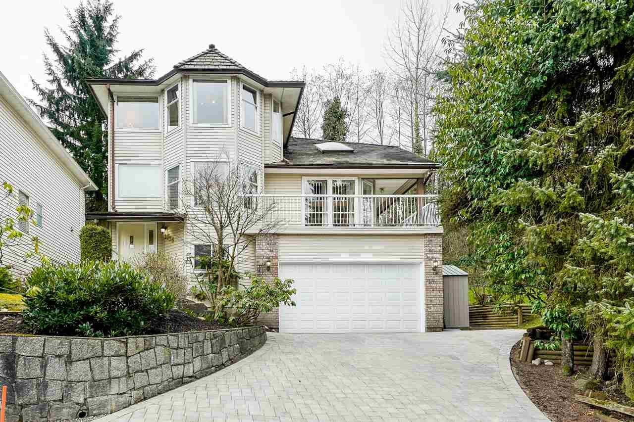 Main Photo: 1038 WINDWARD Drive in Coquitlam: Ranch Park House for sale : MLS®# R2560663