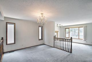 Photo 5: 52 Shawnee Way SW in Calgary: Shawnee Slopes Detached for sale : MLS®# A1117428