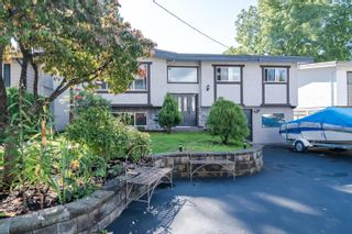 Photo 1: 32740 CRANE Avenue in Mission: Mission BC House for sale : MLS®# R2622660