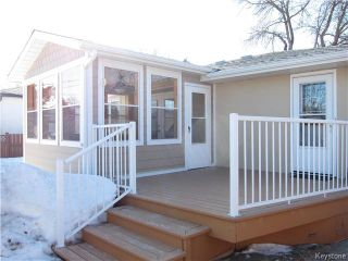 Photo 2: 127 Minikada Bay in Winnipeg: East Transcona Residential for sale (3M)  : MLS®# 1704515