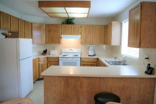 """Photo 14: 104 13888 102 Avenue in Surrey: Whalley Townhouse for sale in """"GLENDALE VILLAGE"""" (North Surrey)  : MLS®# R2590965"""