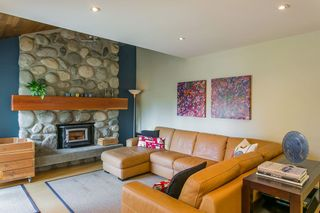 Photo 9: 3383 ROBINSON ROAD in North Vancouver: Lynn Valley House for sale : MLS®# R2096046