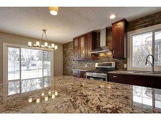 Photo 5: 8007 7 Street SW in Calgary: Bungalow for sale : MLS®# C3595147