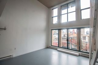 """Photo 7: 606 22 E CORDOVA Street in Vancouver: Downtown VE Condo for sale in """"VAN HORNE"""" (Vancouver East)  : MLS®# R2561471"""