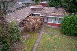 Photo 4: 326 W 19TH Street in North Vancouver: Central Lonsdale House for sale : MLS®# R2338404
